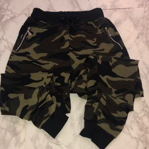 Pants - Camouflage Joggers